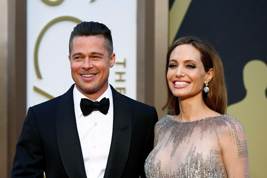 Brad Pitt filmado a gritar com o filho