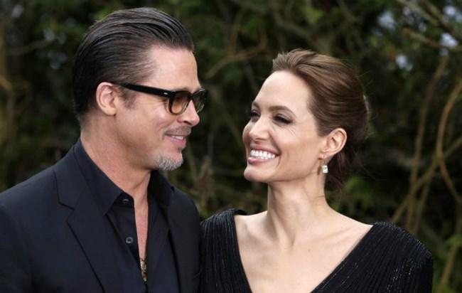0addc6b6808 Angelina Jolie dá relógio de três milhões - a Ferver Vidas