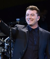 Sam Smith admite plágio
