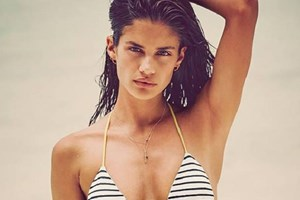 Sara Sampaio é a aposta do ano