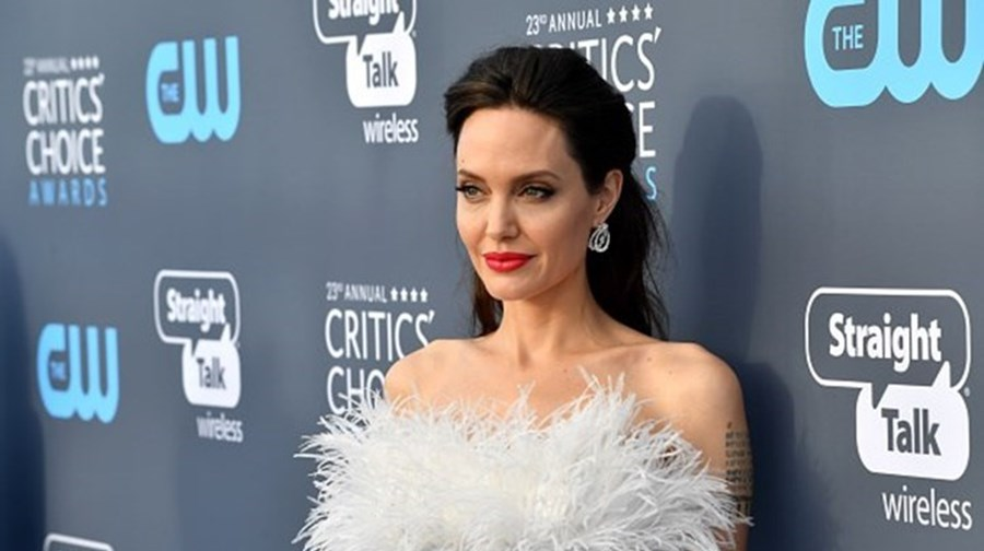 Polícia da Moda comenta looks no Critics Choice Awards