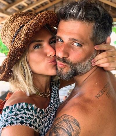 Primeiro filho biológico de Giovanna Ewbank e Bruno Gagliasso já nasceu