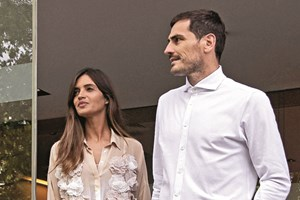 Iker Casillas e Sara Carbonero regressam ao Porto