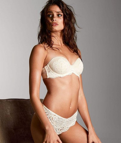 Taylor Hill é a bela do dia