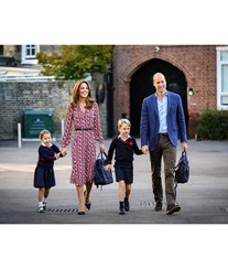 Kate Middleton e Príncipe William ponderam inscrever George num colégio interno