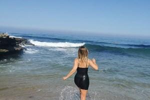 Cristina Ferreira Vai A Banhos Com Roupa Para Celebrar Regresso A Tvi A Ferver Vidas