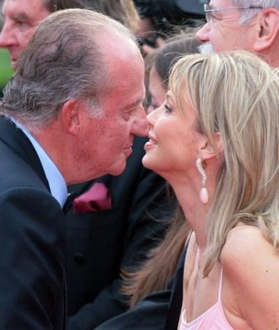 Antiga amante de Juan Carlos ameaça revelar segredos da coroa